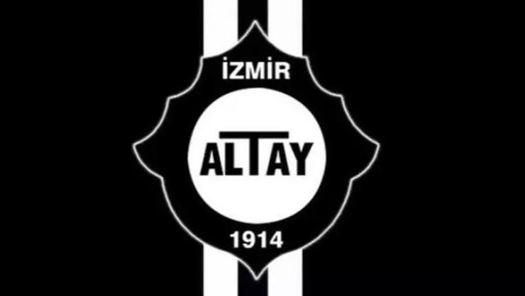 Altay, 4 futbolcusuyla imzaladı