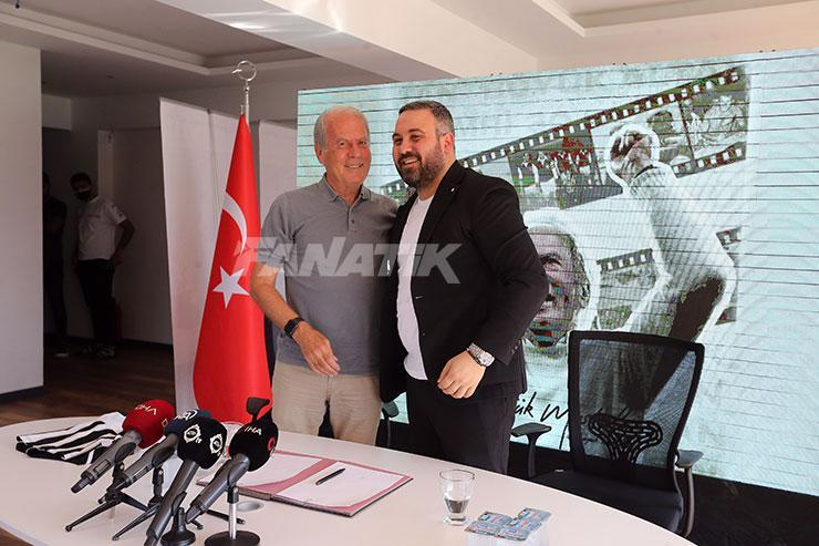 Altay, teknik direktör Mustafa Denizli ve yeni futbolcular için