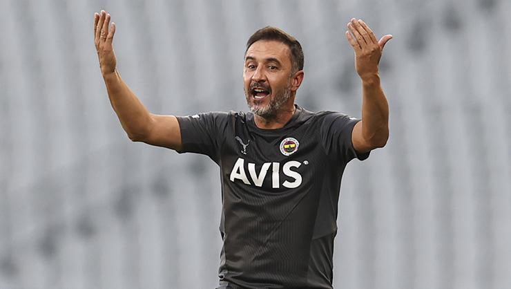 Fenerbahçe, Adana Demirspor karşısına 3lü savunma ile çıktı