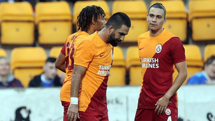Galatasarayda Arda Turandan gece yarısı paylaşımı