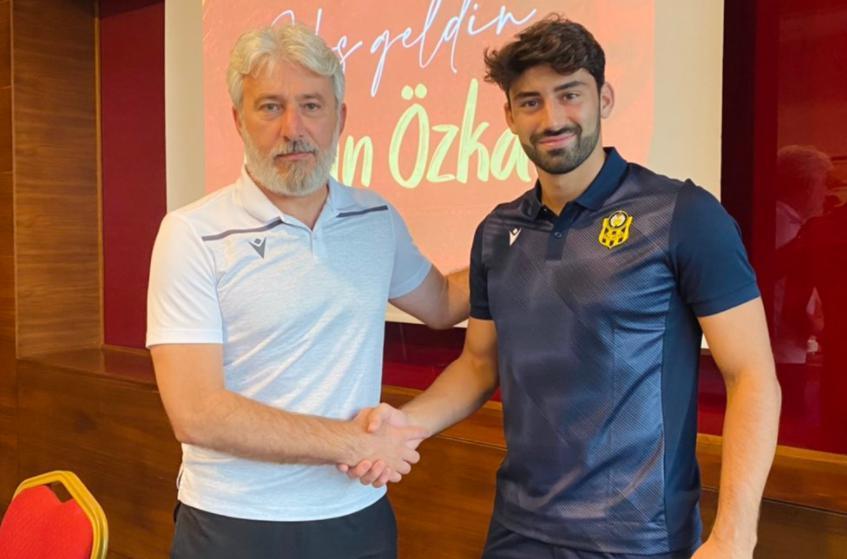 Hasan Özkandan Yeni Malatyaspora 3 yıllık imza